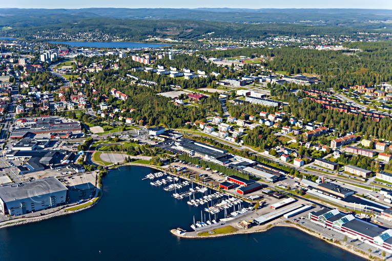 Aerial_pictures_%C3%96rnsk%C3%B6ldsvik_marina_@20100906_TOJ7667.jpg