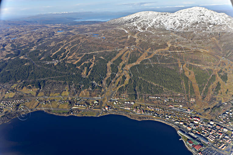 aerial photo, aerial photo, aerial photos, aerial photos, Are, Areskutan, autumn, drone aerial, drönarfoto, Jamtland, journeys down, landscapes, samhällen, ski slopes