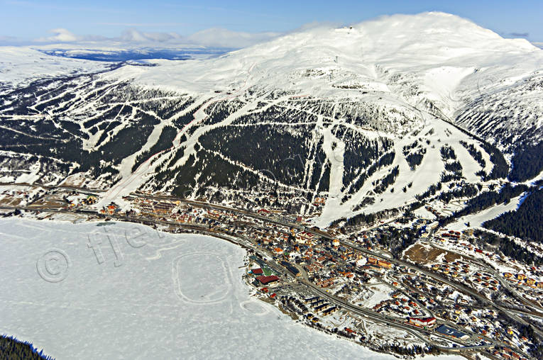 aerial photo, aerial pictures, Are, Areskutan, drone aerial, Jamtland, journeys down, landscapes, mountain, pistes, samhällen, ski slopes, winter