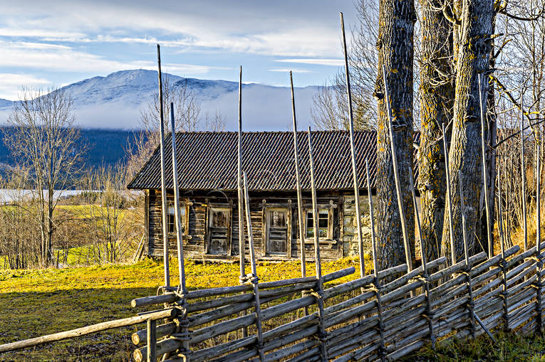 Areskutan, barn, buildings, engineering projects, farms, fence, house, Jamtland, Kalls hembygdsgård, old, timbered