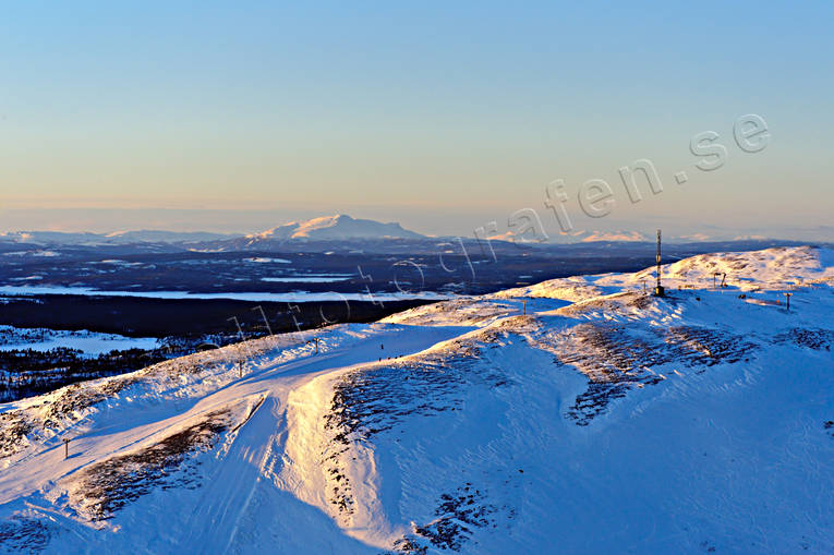 aerial photo, aerial pictures, Areskutan, Bydalen, chair-lift, ski-lift, drone aerial, Jamtland, landscapes, West Mountain, winter