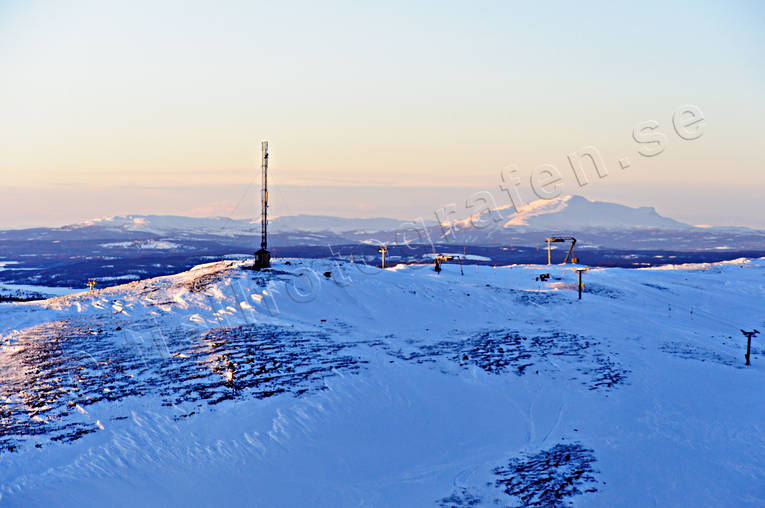aerial photo, aerial pictures, Areskutan, Bydalen, chair-lift, ski-lift, drone aerial, Jamtland, landscapes, radio mast, telefonmast, West Mountain, winter