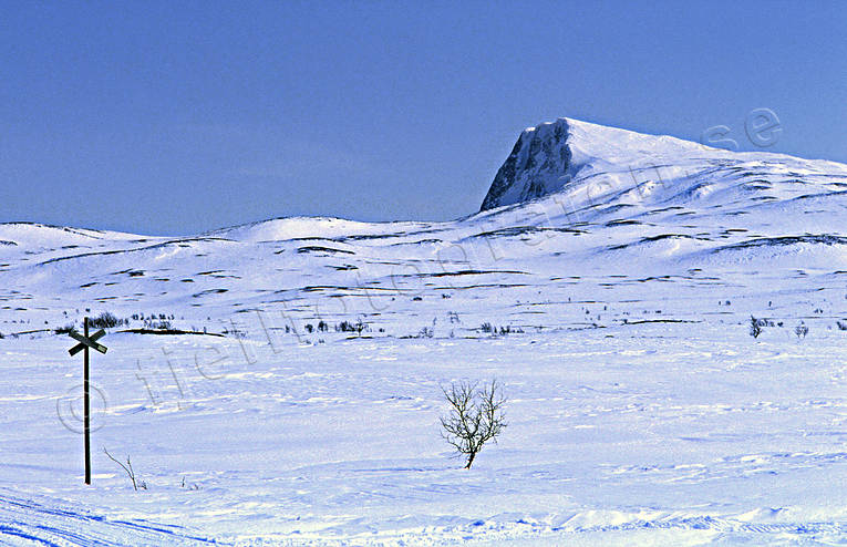 Durrenpiken, Klimpfjall, landscapes, Lapland, track mark, winter