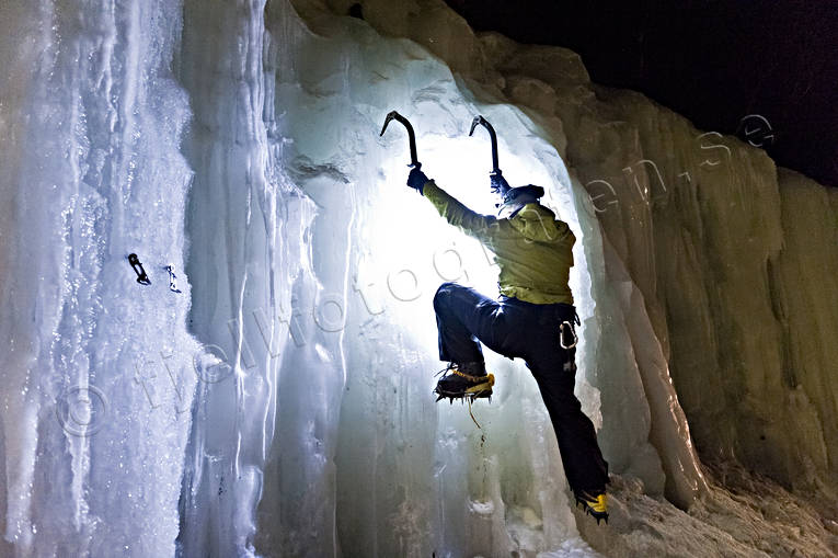 ice climbing, klättring, mountaineer, outdoor life, sport, winter, äventyr