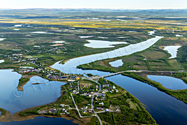 aerial photo, aerial pictures, border, church village, drone aerial, fjällbilder, gränssamhälle, Karesuando, Karesuvanto, landscapes, Lapland, Muonio, Nordkalotten, river, samhällen, summer, Swedish Mountains