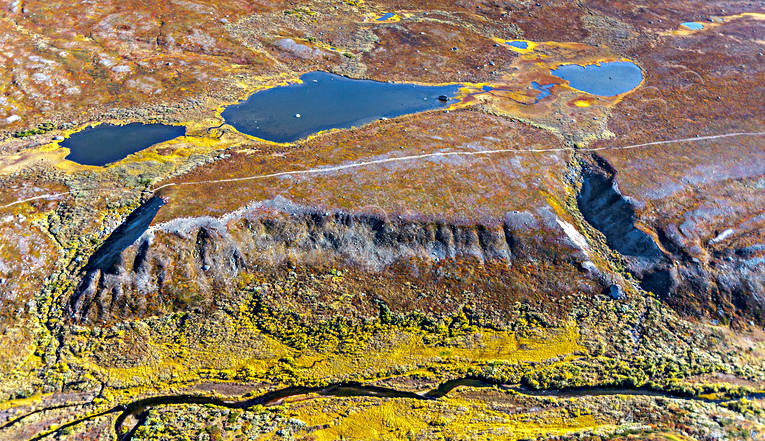 aerial photo, aerial pictures, autumn, Avtsusjjåhkå, drone aerial, fjällbilder, issjöterass, Kungsleden, landscapes, Lapland, nature trail, raviner, Swedish Mountains, track, V-dalar