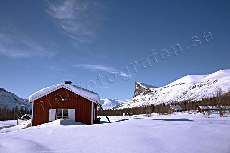 Aktse, cottage, Kungsleden, landscapes, Lapland, national park, Rapa Valley, red, Sarek, Sarek nationalpark, Skierfe, snow, sun, white, winter