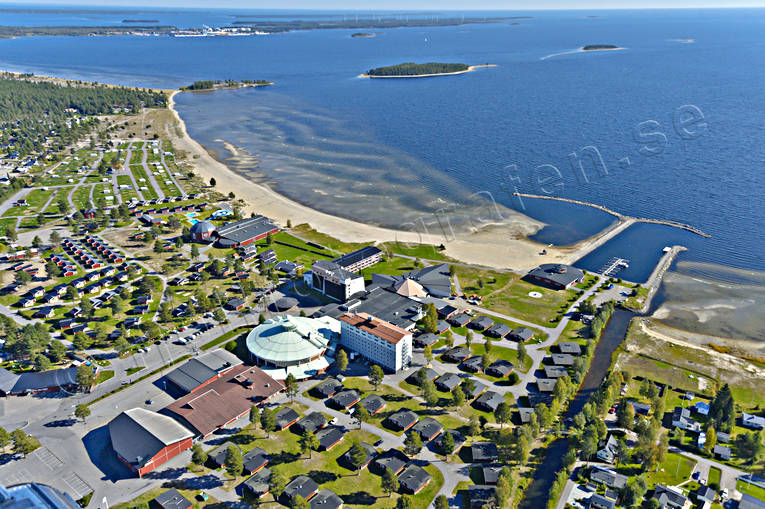 aerial photo, aerial pictures, autumn, bathing, buildings, drone aerial, hotell, installations, konferenshotell, kurort, landscapes, North Bothnia, Pite havsbad, Pitea, Piteå havsbad, samhällen, sandy, sea bathe