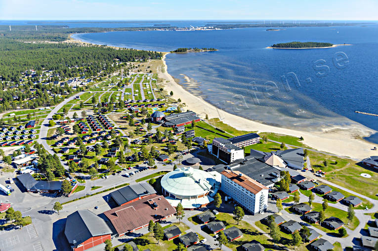 aerial photos, aerial picture, aerial pictures, autumn, bathing, buildings, flygbilder, hotell, installations, konferenshotell, kurort, landscapes, North Bothnia, Pite havsbad, Pitea, Piteå havsbad, playa, samhällen, sandy, sea bathe
