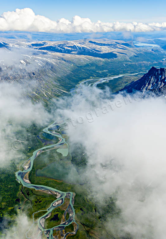 aerial photo, aerial pictures, cloud, drone aerial, fjällbilder, landscapes, Lapland, national park, Piellorieppe, Piellorieppjaure, Rahpaädno, Rapa Valley, Rapaselet, Rapaätno, Sarek, summer, Swedish Mountains