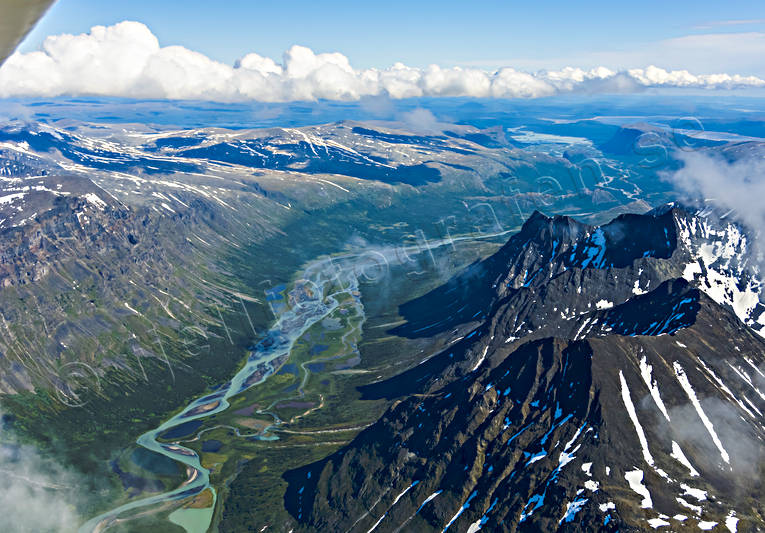 aerial photo, aerial pictures, drone aerial, landscapes, Lapland, national park, Piellorieppe, Rapa Valley, Rapaätno, Sarek, summer