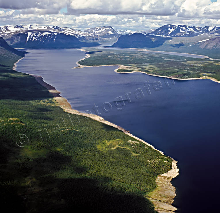 aerial photo, aerial photo, aerial photos, aerial photos, beaches, blottlagda, drone aerial, drönarfoto, environment, Great Lakes waterfalls, hydroelectric installation, hydropower, hydroelectric, kraftverksmagasin, landscapes, Lapland, national park, nature, Patsasj, Satihaure, stores, summer, uninhabited, water level