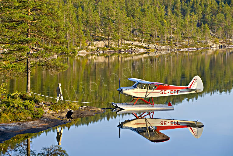 aeroplane, aeroplane, aviation, Bod lake, communications, Cub, floats, fly, Forsan, Piper, pontoons, seaplane, super cub