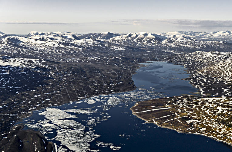 aerial photos, aerial picture, aerial pictures, fjällbilder, flygbilder, ice break-up, Lapland, mountain lake, Siddasjavri, snow melt, summer, Swedish Mountains, vattenkraftsutbyggnad