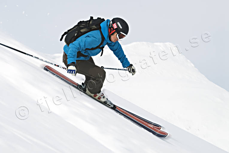 down-hill running, off pist, playtime, precipice  steep, skier, skies, skiing, sport, winter