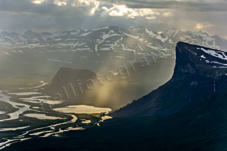 aerial photo, aerial pictures, drone aerial, evening, evening light, fjällbilder, landscapes, Lapland, Laponia, mountain, Rapa Valley, Sarek, Skierfe, Skierffe, summer, sunrays, Swedish Mountains