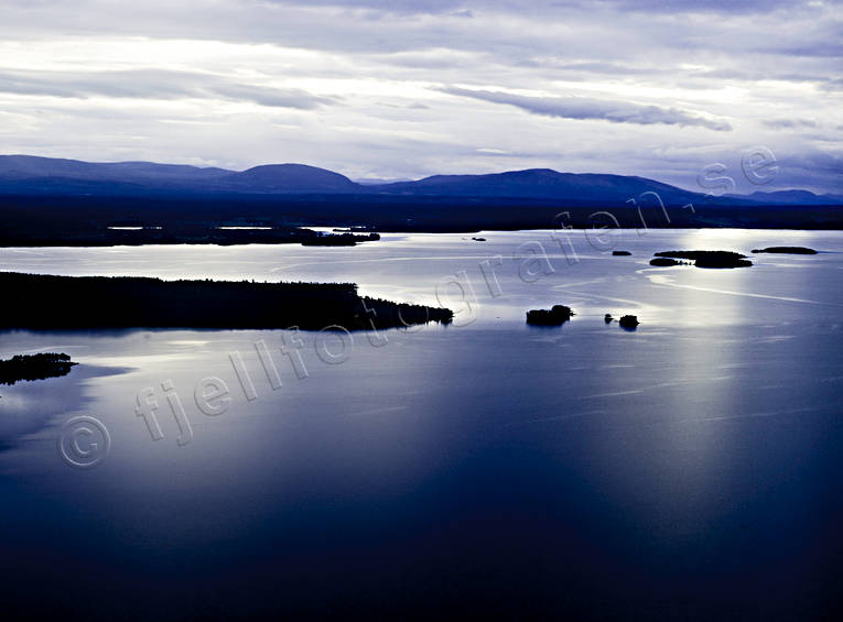 aerial photos, aerial picture, aerial pictures, blue, Drommen, evening, flygbilder, Great Lake, Jamtland, landscapes, Oviksfjallen, summer, tavla, Utöarna, Verkon, Western mountain