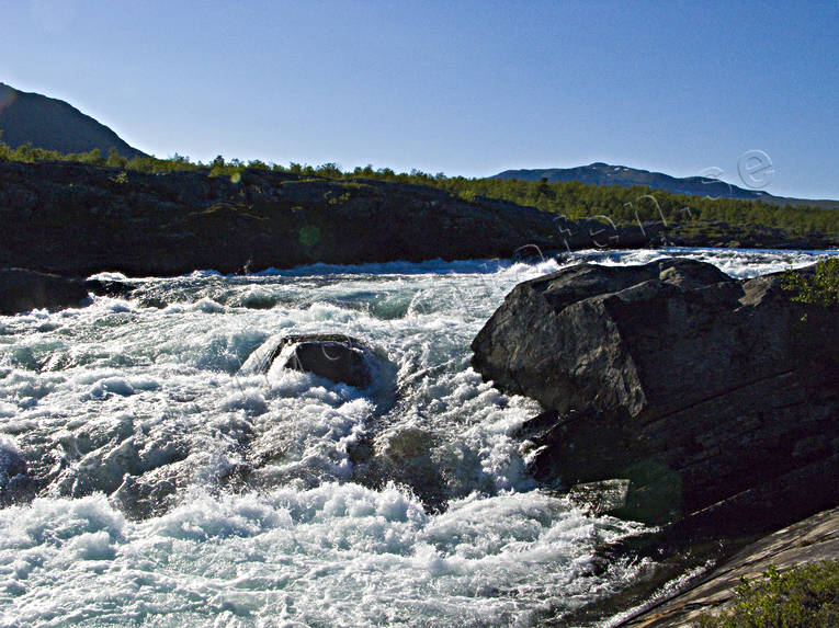 Kuoddojaure, landscapes, Lapland, Pite river, stream, streaming, summer, vatten, water