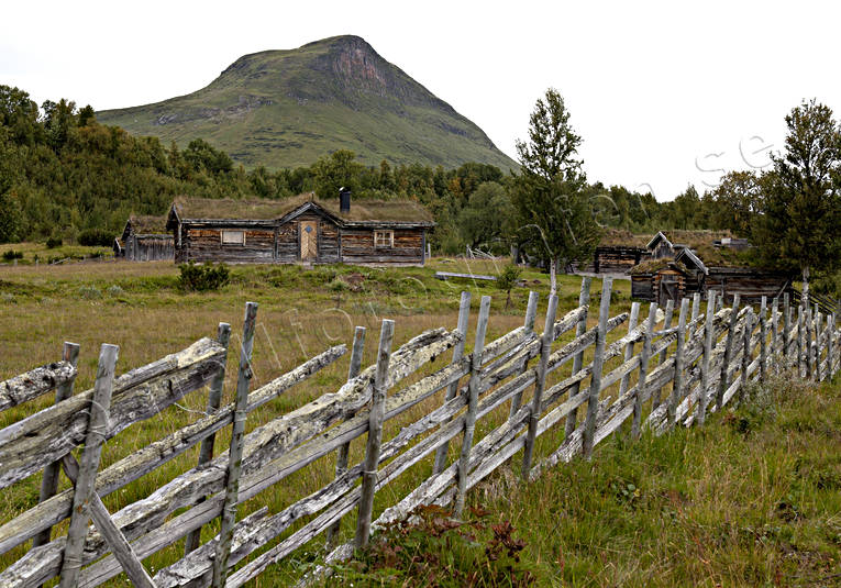 building, buildings, cabin, engineering projects, fence, Herjedalen, hill farms, mountain farms, life by hill farms, Mittaklappen, Myhrvallen, Storkläppvallen, Stormittåkläppen, summer cottage, summer cottage