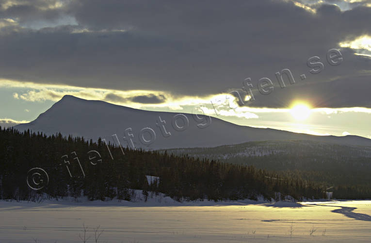 landscapes, Lapland, mountain, Satsfjallet, Saxnas, sunset, winter