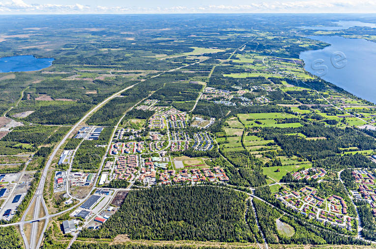 aerial photo, aerial pictures, drone aerial, E14 highway, Jamtland, Ostersund, städer, Torvalla