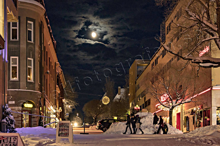 ambience, ambience pictures, atmosphere, Biblioteksgatan, christmas ambience, city, evening, Jamtland, Ostersund, snow, städer, winter, winter ambience, winter's night