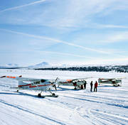 aeroplane, aviation, communications, fly, fly, reindeer lake, ski flight, winter, winter flying