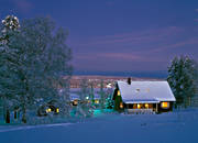 ambience, ambience pictures, atmosphere, Brunflo, christmas, christmas ambience, christmas card, christmas pictures image, cottage, evening, evening light, house, Jamtland, night, season, seasons, Valbacken, Villa, winter, winter shroud, winter's night