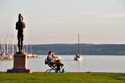 culture, evening, harbour, Ostersund, playtime, present time, relaxation, sailing-boat, small-boat harbour, statue, summer
