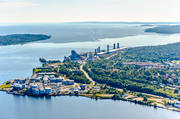 aerial photos, aerial picture, aerial pictures, cisterns, tanks, hoppers, factory, flygbilder, industries, industristad, installations, Kubikenborg, landscapes, Medelpad, oil cisterns, oil tanks, oil harbour, port, städer, summer, Sundsvall, Sundsvallsbukten, Vindskärsudde