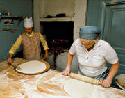 baking, baking, baking hut, culture, griddlecake, griddlecake oven, oven, present time, traditional bread baking
