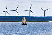 allmogebåt, electrical power, electricity production, energy, harbour, Klintehamn, Kovik, landscapes, nature, Other Sweden, port, sailing-boat, sea, sea, sea-shore, vindkraftpark, vindsnurror, wind power, wind power plants, wind power plants